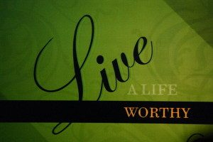 640px-live_a_life_worthy_of_the_calling-300x200